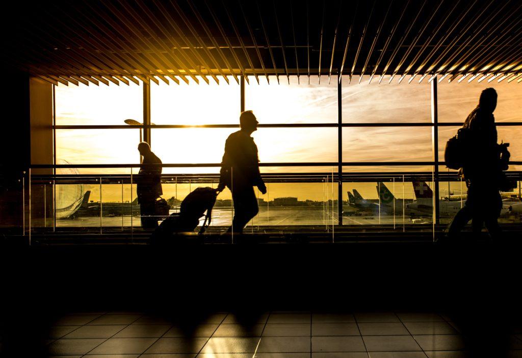 airport-walking-sidewalk